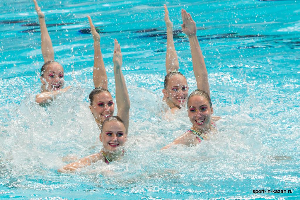 Сборная России по синхронному плаванию перед выступлением